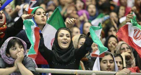 شما-نظر-بدهید/-برای-حضور-زنان-در-ورزشگاهها-چه-باید-کرد؟