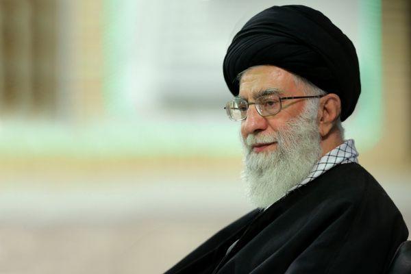 جمعی-از-مسئولان-نظام-و-سفرای-کشورهای-اسلامی-با-رهبر-انقلاب-دیدار-کردند