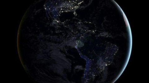 ناسا واضح ترین عکس از کره زمین در شب را انتشار داد