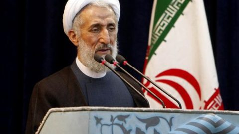 حجتالاسلام صدیقی در نمازجمعه تهران: آیتالله بهشتی برای دفاع از خود در برابر جوسازی و تهمتها لب نمیگشود