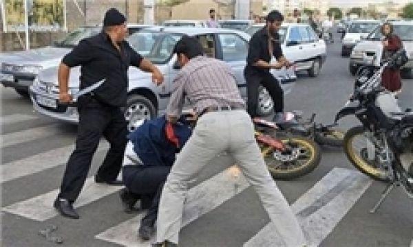 توضیح-پلیس-درباره-فیلم-زورگیری-خیابان-باهنر/-فیلم-را-اینجا-ببینید