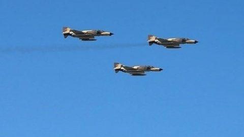 حضور تعدادی از جنگندههای ارتش در شمال/ فانتومها در رزمایش نداجا شرکت میکنند