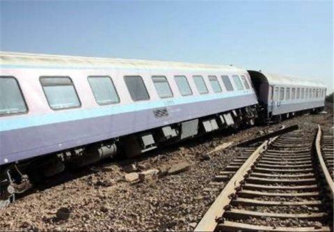 خروج ۲ واگن قطار مسافری اهواز – مشهد از ریل
