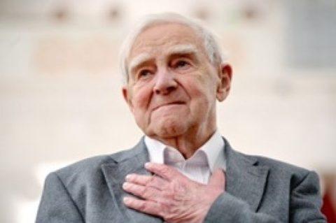 درگذشت دانیل گرانین/ پوتین تسلیت گفت