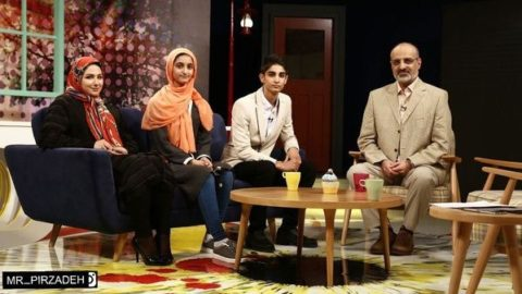 محمد اصفهانی:حالا فصل سکوت است/ صدای استاد شجریان را گوش میدهم /در رادیو که بودم مسافرکشی هم میکردم
