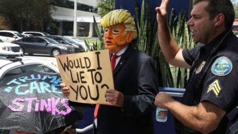 متمم ۲۵ قانون اساسی آمریکا بلای جان دونالد ترامپ