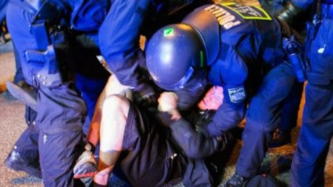 زخمی شدن ۷۶ تن در اعتراضات به نشست گروه ۲۰ در آلمان