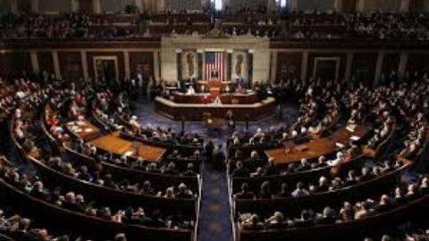 سناتورهای آمریکایی: پایبندی ایران به توافق هسته ای را تایید نکنید!