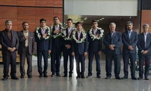 تیم المپیاد فیزیک ایران ۵ مدال رنگارنگ کسب کرد