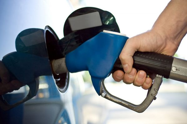 بنزین-گران-خواهد-شد؟