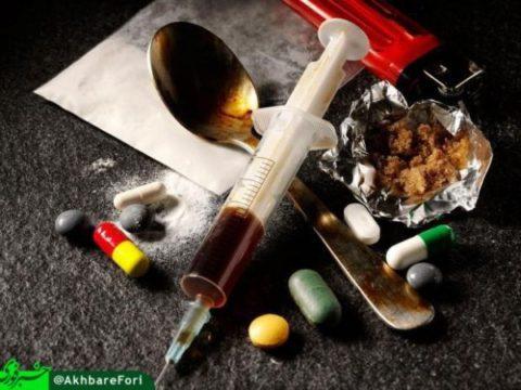 «سه دود» و «دستمال» تازههای بازار مخدر/ آخرین قیمت انواع مواد؛ شیشه گرمی ۵۰ هزار تومان، تریاک ۳۰۰۰/ مصاحبه خبر فوری با یک ساقی