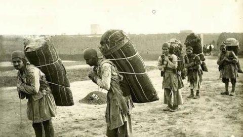 کولبرهای زمان قاجار +عکس