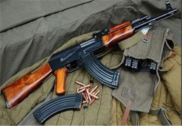 """انهدام-باند-""""خرید-و-فروش-و-حمل-سلاحهای-غیرمجاز""""-در-کرمان/کشف-مقادیری-اسلحه-جنگی-و-شکاری"""