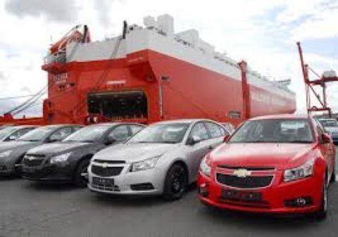 احتمال سونامی افزایش قیمت خودروهای وارداتی