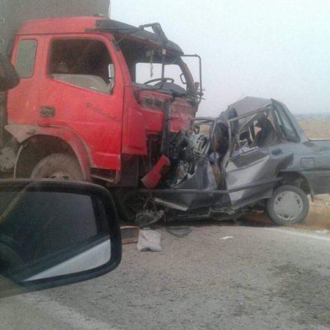 ۴ کشته در تصادف پراید و کامیون