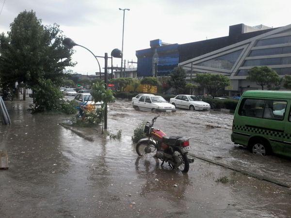 تصاویری-از-جاری-شدن-آب-در-خیابان-های-دماوند