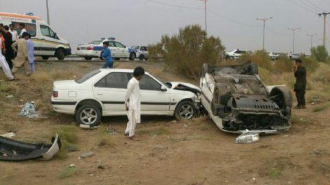 ۳ مجروح در تصادف دو دستگاه پژو پارس در زاهدان