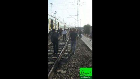 آشوب در قطار مترو تهران- کرج/فیلم