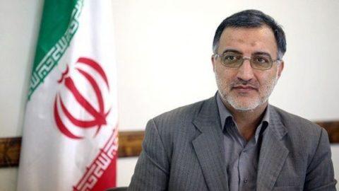 احمدي نژاد مي خواست در سال ٨٨ مردم را در مقابل هم قرار دهد/رهبري اجازه ندادند