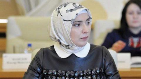 یک زن مسلمان رقیب پوتین شد