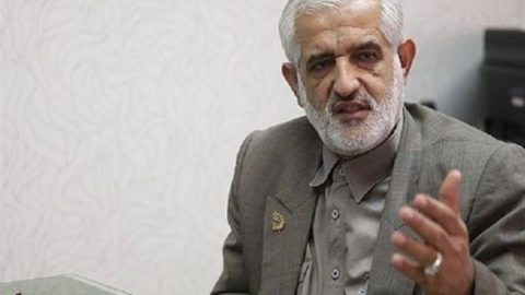واکاوی رفتارهای این روزهای احمدینژاد/ سروری: اصولگرایان در برابر رفتارهای احمدینژاد مقابله خواهند کرد