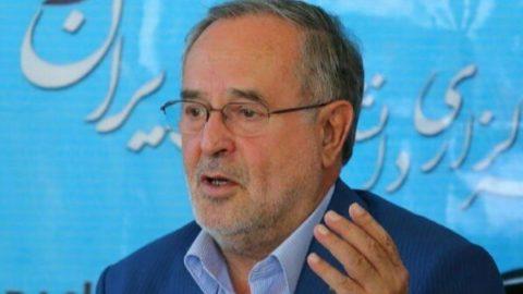نماینده تبریز در اعتراض به دادستان:چطور روزنامهنگاران را بازجویی می کنید،اما مقامات مرتبط با قاچاق را نه؟