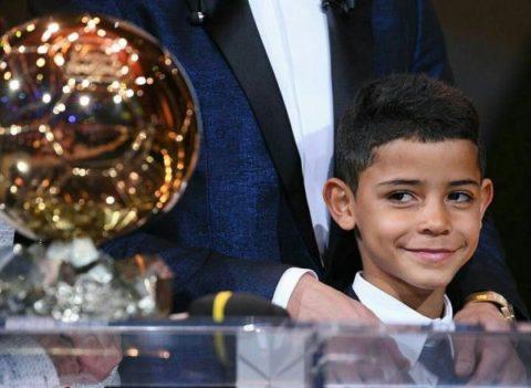 رونالدو: پسرم در آینده توپ طلا خواهد برد