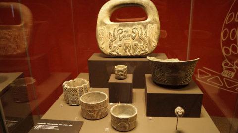 کشف اموال تاریخی از کاوشگران غیر مجاز