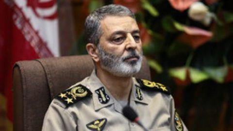 واکنش فرمانده ارتش به شعارهای منافقین/ارتش انقلابی است  و خواهد بود