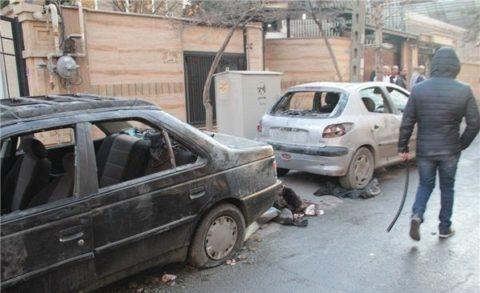 تصاویر تخریب خودروها و منازل مردم توسط دراویش