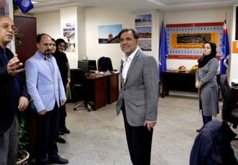 آخوندی حذف دوشغله های وزارت راه را از خودش شروع کرد