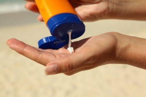 تصویب افزایش عوارض گمرگی واردات لوازم آرایش در مجلس