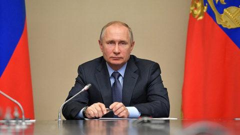 پوتین: تنها برای حمله واکنشی از تسلیحات هستهای استفاده میکنیم